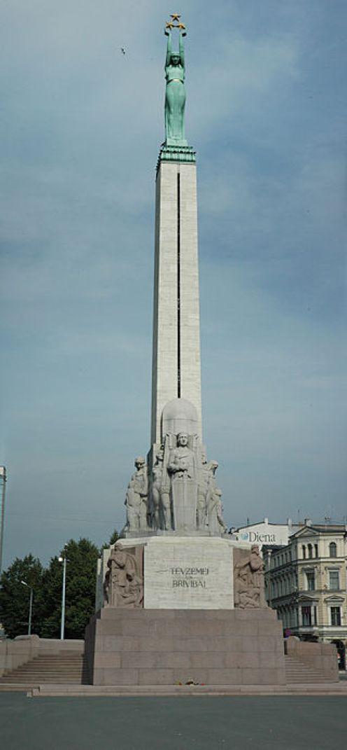 riga-freedom-monument