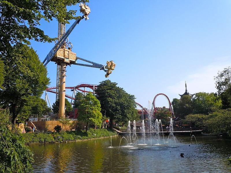 800px-Tivoli_Gardens_-_Vertigo