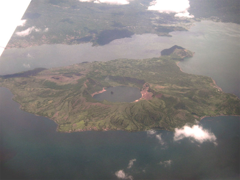 Taal_volcano_aerial
