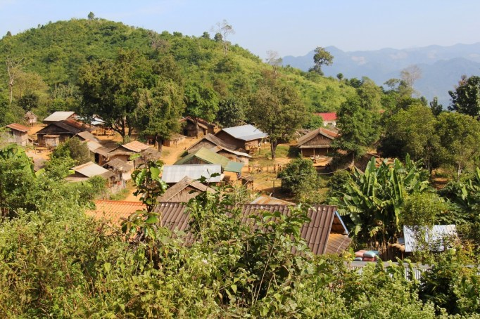 village_mountain_houses_nature_scenery_travel_scenic_trekking-1370807.jpg!d