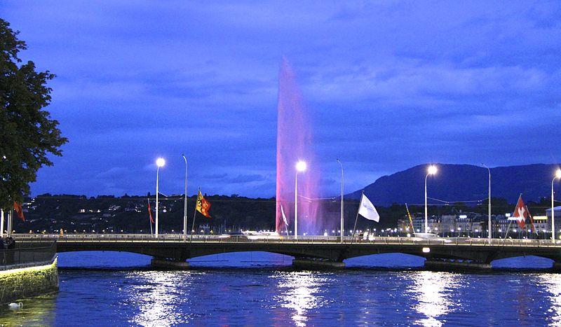 800px-Lake_Geneva_and_Jet_d'Eau