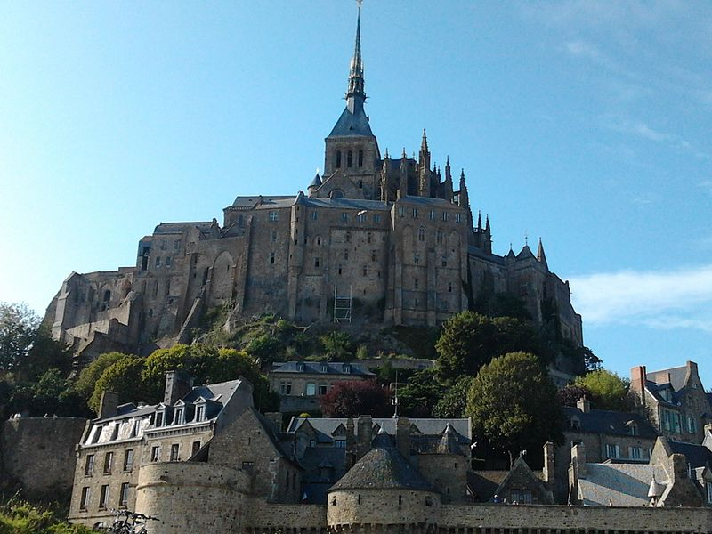 800px-Le_mont_Saint-Michel