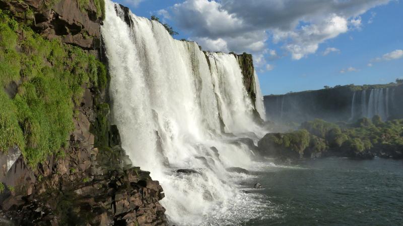side-view-of-iguaze-falls-brazil