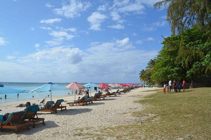 Trou_aux_Biches,_Beach_(1)