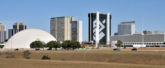 800px-Brasilia_National_Museum_National_Library