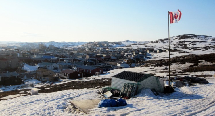 view-of-iqaluit-joamie-hill-nanuvut-canada_800