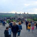 Народ ждёт полёт )) воздушных шаров