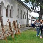 На выставке художников Проекта