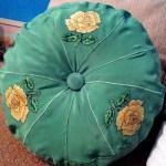 Вишивка на натуральному шифоні,подушка ,діаметр 35 см,,муліне peri-Катерина Черненко