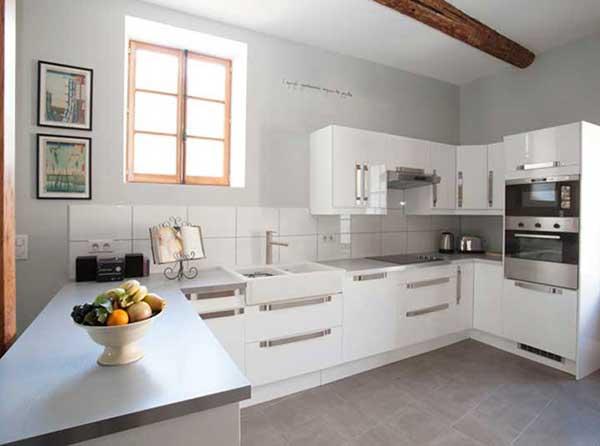 art retreat accommodation kitchen