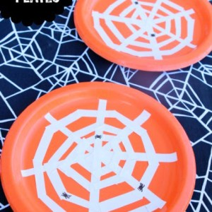 DIY Spiderweb Plates