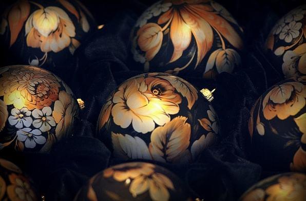 Жостовская роспись, елочный шар