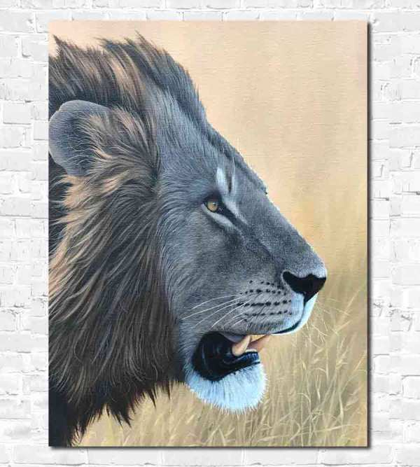 Fine oil painting technique on lions face
