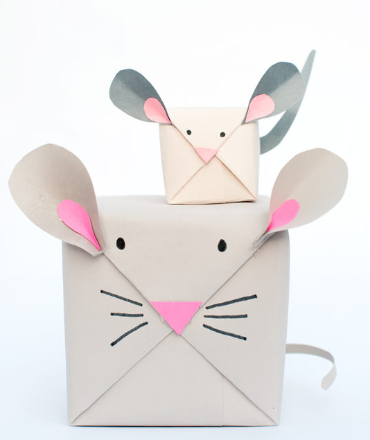DIY-Mouse-Gift-Wrap