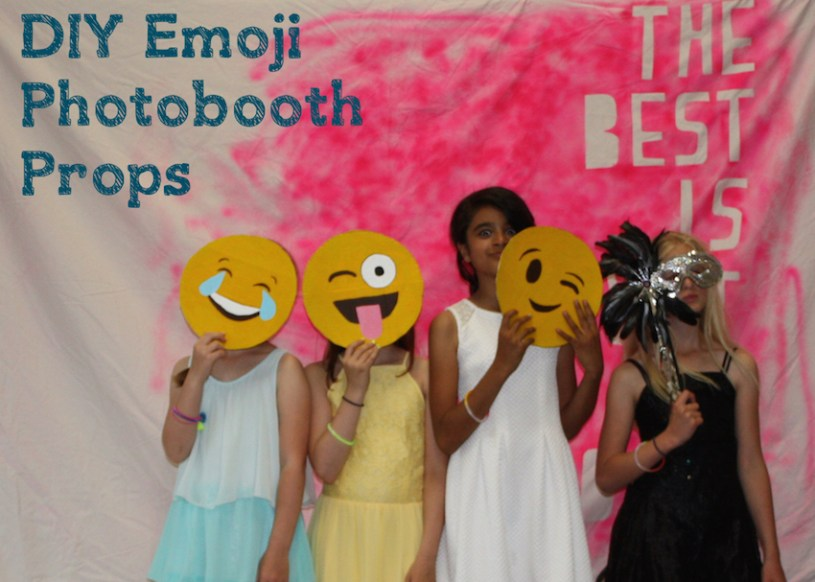 DIY emoji phot booth props