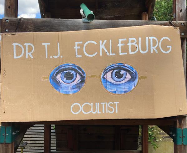 The eyes of Dr TJ Eckleburg Ocultist at Speakeasy Party