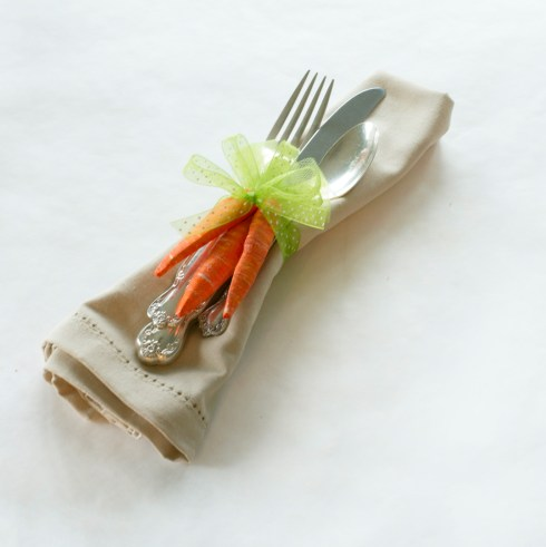 Easter carrots from foam insulation board into cute napkin Rings