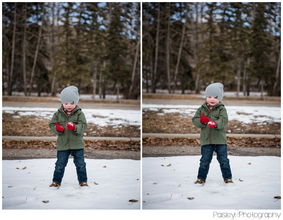 Winter Children's Photography, WInter Family Photography, Winter Family Photos Calgary, Calgary Family Photographer, Cochrane Family Photographer, Family Photography Cochrane, Children's Photography, Children Photography Calgary