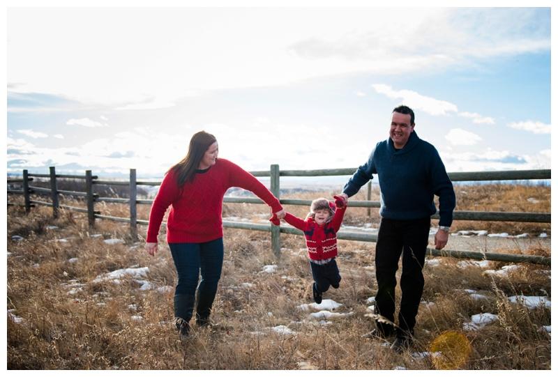 Cochrane Winter Family Photographer