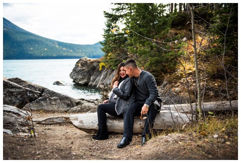 Maternity Photography Banff - Lake Minniwanka