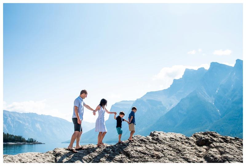 Banff Lake Minniwanka Family Photographers