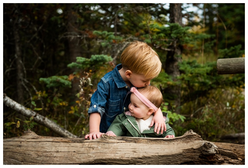 Calgary Griffith Woods Fall Family Photographer