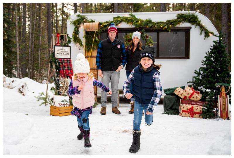 Christmas Mini Sessions Calgary- Happy Camper