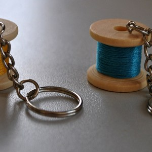 Medium wooden bobbin keyring