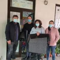 Sobrado e Bairros: entrega de tapetes desinfetantes nas escolas