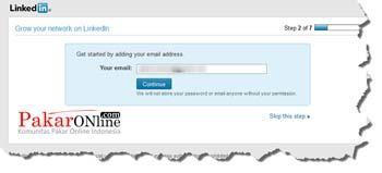 Memulai dengan menambahkan alamat email di linkedin