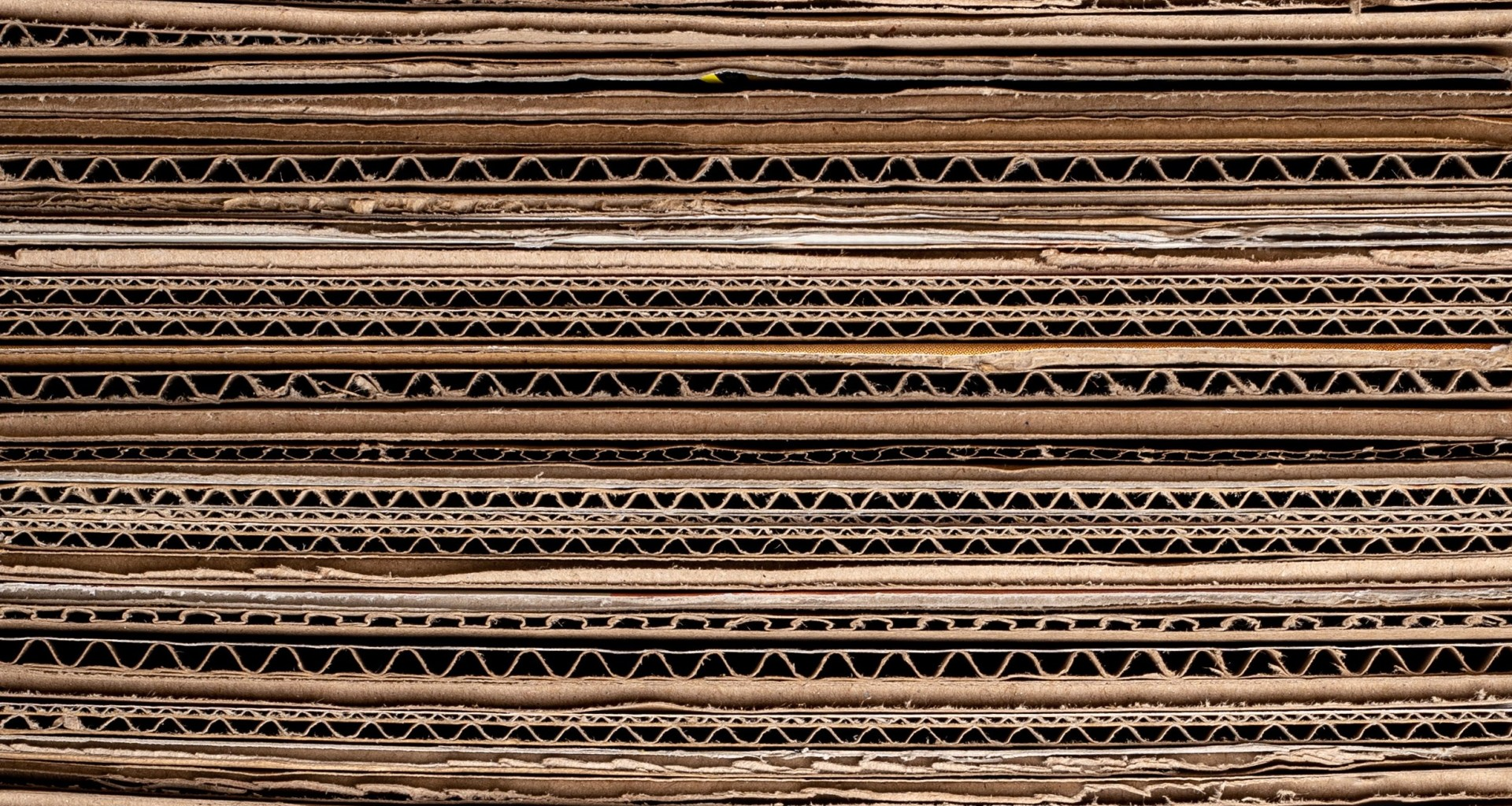 stay of corrugated boards