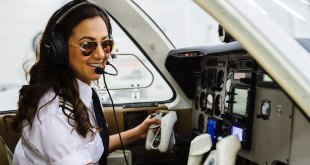Female pilot began journey around world5