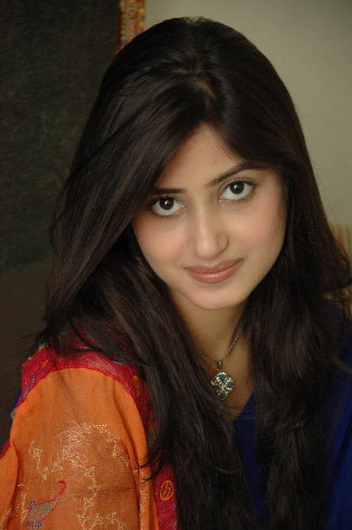 Sajal Ali Movies Amp Drama List Height Age Family Net Worth