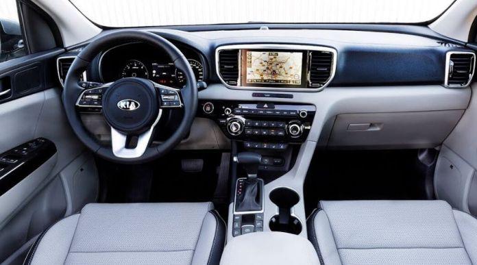 KIA Sportage LX 2020 interior