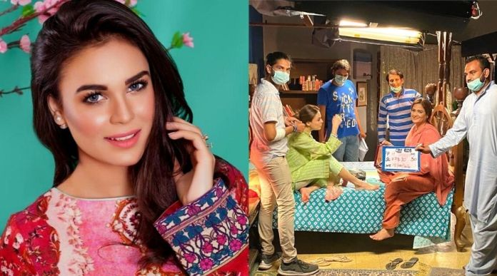 Mahenur Haider Khan revealed her BTS of an untitled project coming soon on ARY Digital