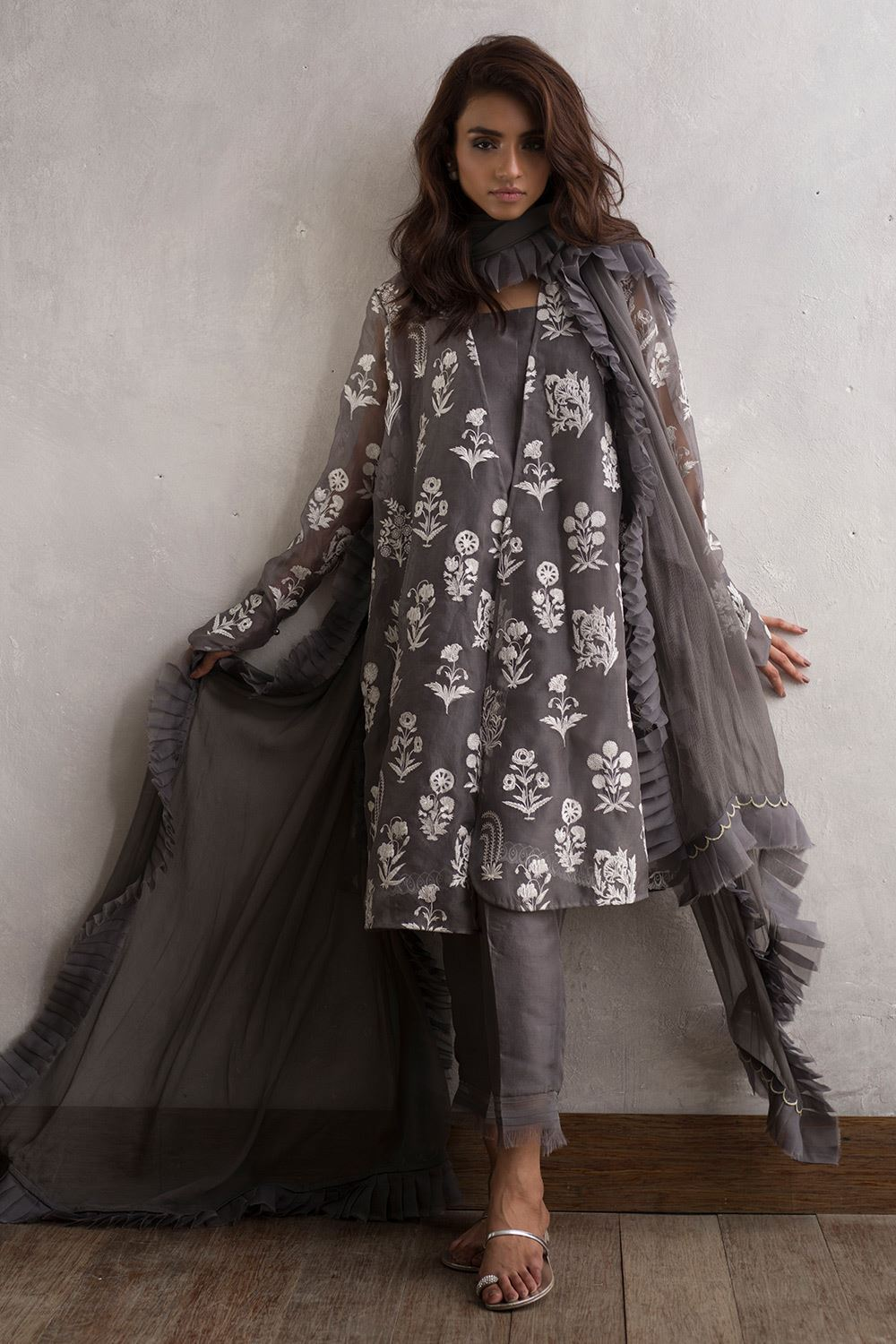 Fashion style Eid collection dresses designed by nida azwer for woman