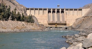 The Naghlu Dam and power plant on the Kabul River generates hydropower for Kabul city in Afghanistan. (Photo: Qaseem Naimi via ICIMOD Kathmandu, Creative Commons License)