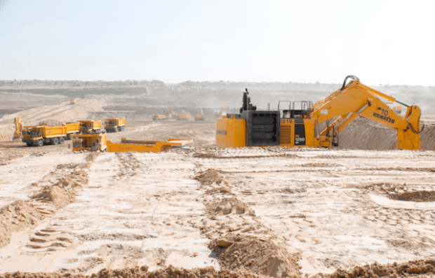 Work in progress in Thar coal field to reach one of the world's largest coal deposits several meters under sand and mud in Pakistan's souther Sindh province. (Photo via Thar Coal Energy Board)