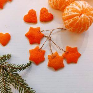 Csillag- és szív alakú mandarinhéj díszek