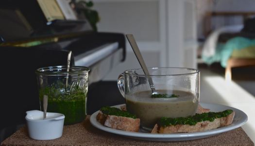 Chestnut parsley soup