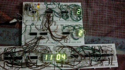Digital clock without using micro-controller