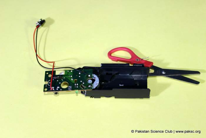 soldering a 9c battery connector with motor circuit