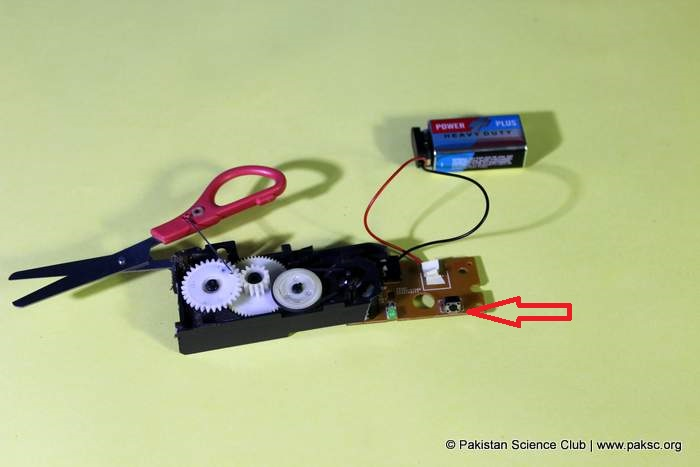 soldering a 9c battery connector with motor circuit and use its builtin switch connect in series between motor and battery