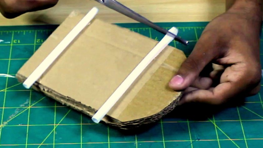paste straw on card board