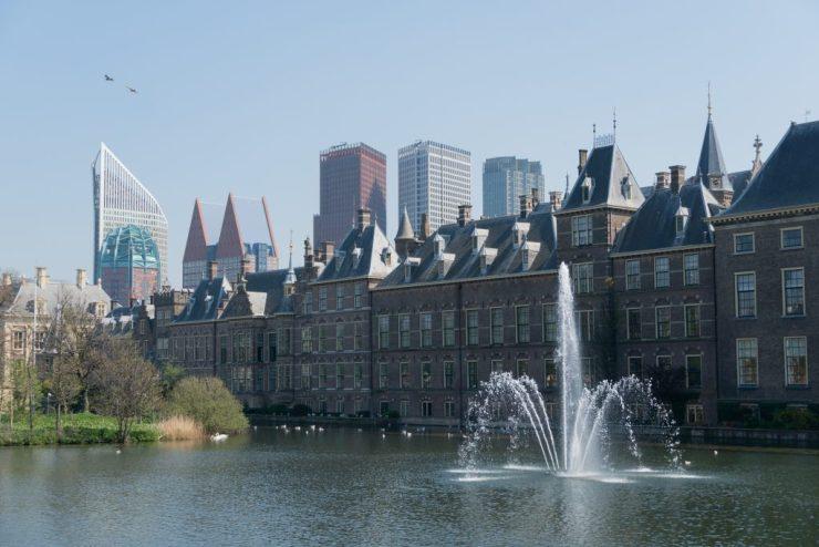 Haag, uutta, vanhaa ja vettä