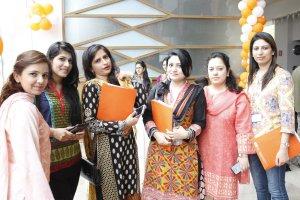 Female participants at the ICFJ Alumni Summit