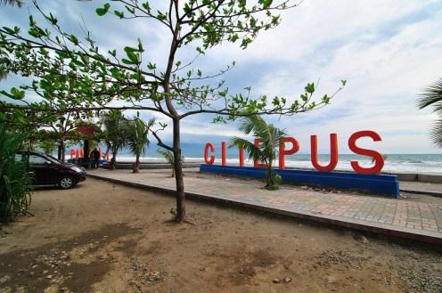 Pantai_Citepus_Sukabumi