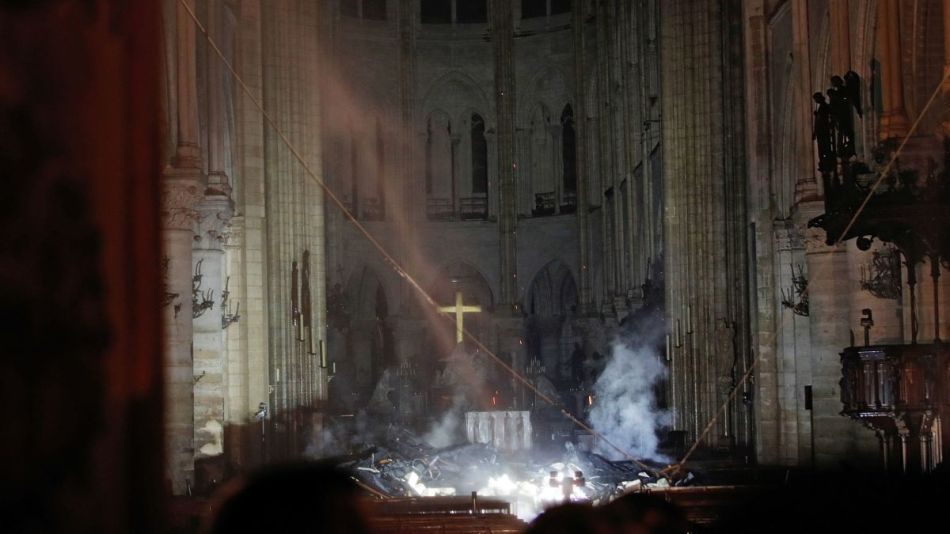 https___cdn.cnn.com_cnnnext_dam_assets_190416155904-interior-notre-dame-charred.jpg