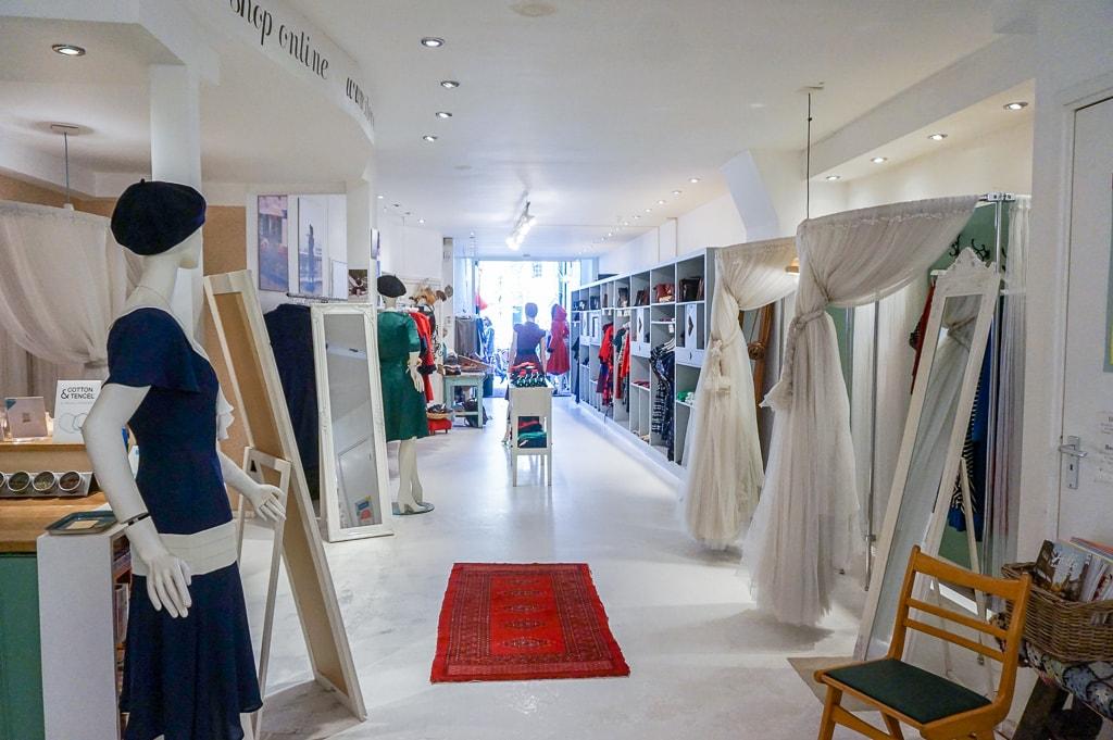 Onlangs was ik op visite bij het fair fashion merk Bannou. Meer over dit eerlijke merk en de daarbijbehorende winkel I love Vintage in Amsterdam, lees je hier.