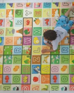 Tapete-crianca-letras-frutas-bichos